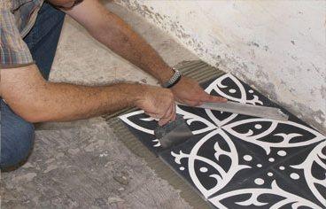 Laisser un joint de 1mm entre les carreaux de ciment