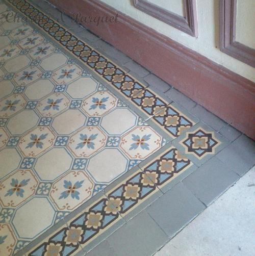 Mus e de carreaux de ciment charme parquet paris for Vieux carrelage